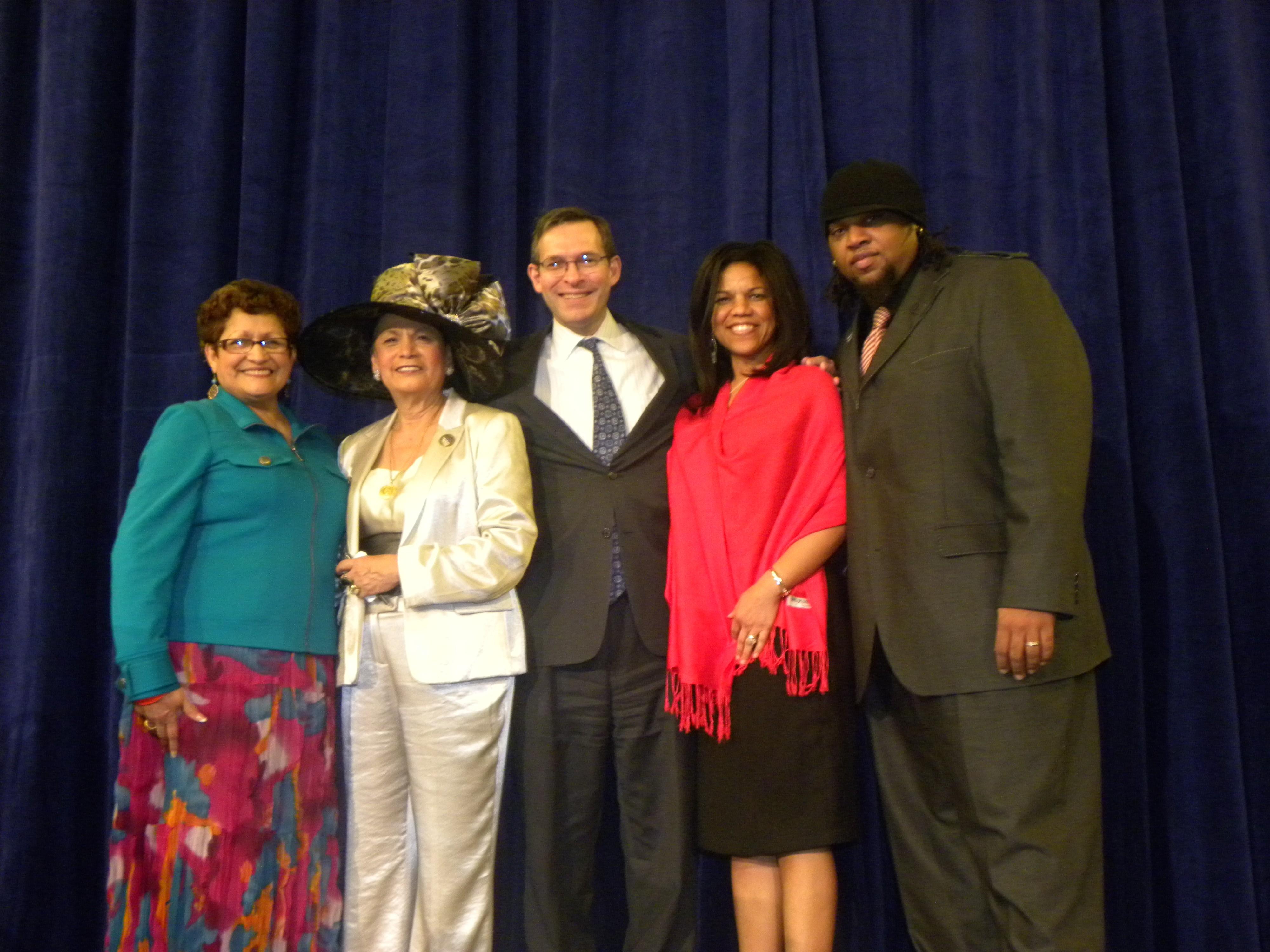 Blanca Vargas (LULAC Chicago), Rosa Rosales, Brent Wilkes (Executive Director, LULAC), Ramona Houston, Terreon Gully